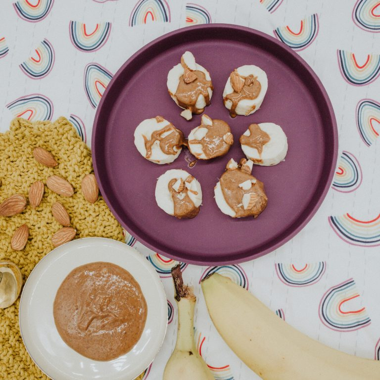 Banane mit Mandelmus